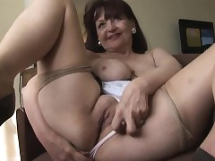 tight mom pussy : big ass mature tube